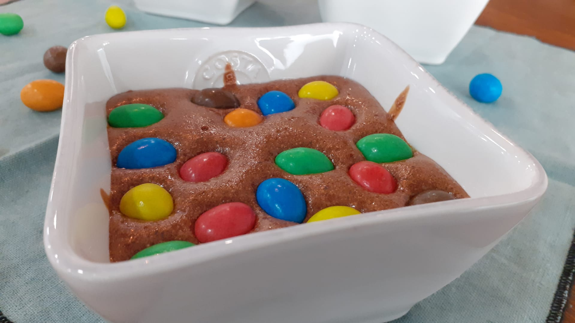 Mousse de chocolate com M&M's